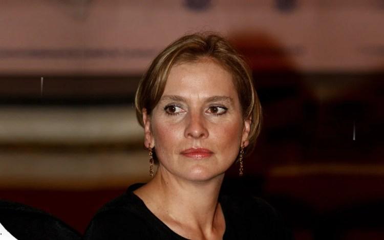 """""""En el Muro de las Lamentaciones"""", jura Beatriz Gutiérrez que AMLO respetará la democracia en México"""