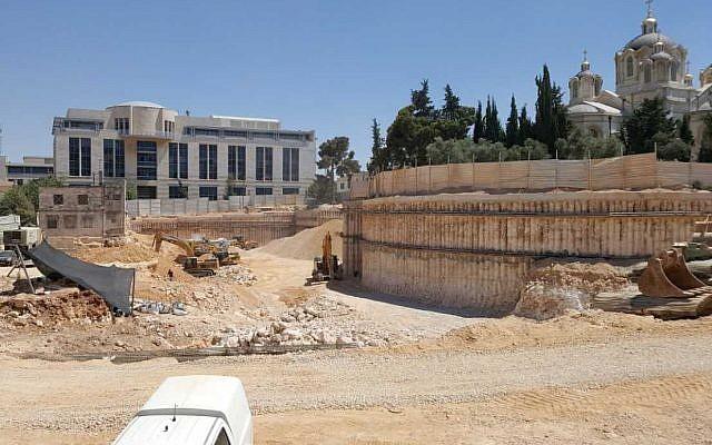 """Fosa masiva en Jerusalén evidencia el sangriento reinado del rey """"santo"""""""