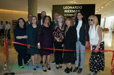 11-DICIEMRE-2018-GRAN EVENTO DE JANUCA E INAGURACION DE ESCULTURA LA FLAMA ETERNA DE LEONARDO NIERMAN EN EL CENTRO MAGUEN DAVID-18