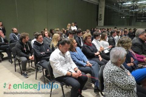 30-ENERO-2019-CONMEMORACION EN MEMORIA DE LAS VICTIMAS DEL HOLOCAUSTO EN EL COLEGIO HEBREO SEFARADI-66