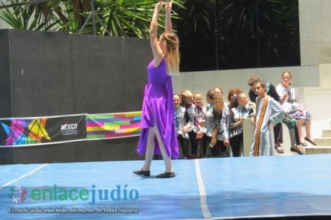 15-07-2019-GRUPOS REPRESENTATIVOS DE BAILES DEL CDI Y MONTE SINAI SE PRESENTARON EN PLAZA MACABI 90