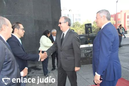 19-11-2019-OFRENDA EN EL MONUMENTO DE LA REVOLUCION POR PARTE DE LA CAMARA DE COMERCIO MEXICO ISRAEL 21