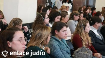 07-02-2020-CONFERENCIA CUANDO EL MAESTRO ESTA PRESENTE EN EL COLEGIO TARBUT 15