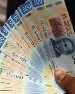 Llega a México la nueva normalidad y peso mexicano despide mejor mes en 25 años