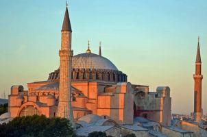 Erdogan convierte la iglesia de Santa Sofía en mezquita