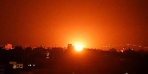 Imagen de un ataque israelí sobre un sitio de Hamás en la Franja de Gaza
