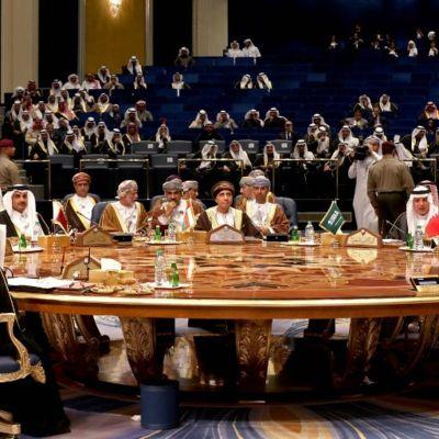 6 países árabes del Golfo respaldan extender el embargo de armas de la ONU a Irán
