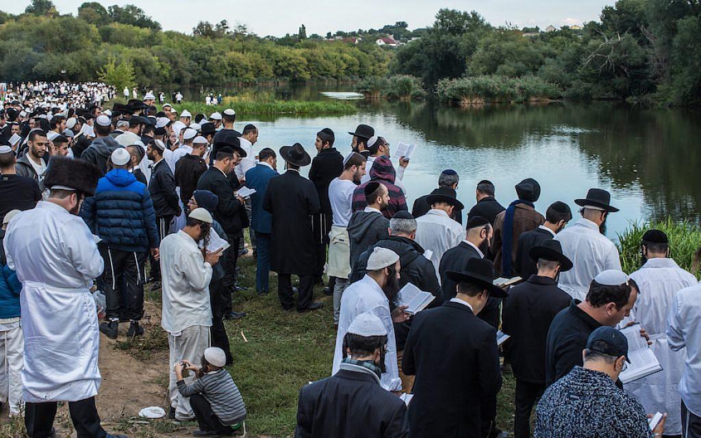 Jefe del grupo de trabajo del coronavirus de Israel pidió al presidenteucraniano que prohíba una peregrinación anual en la que judíos jasídicos visitan Uman