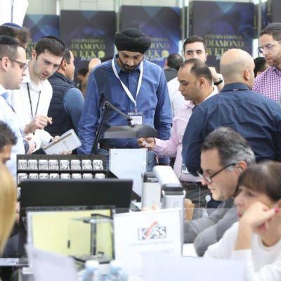Los sectores del negocio de diamantes de Israel y Emiratos firman acuerdo