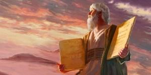 Un día como hoy pero en 1312 AEC, Moisés bajó del Monte Sinaí con el segundo juego de Tablas, lo que indica que Dios había perdonado al pueblo judío