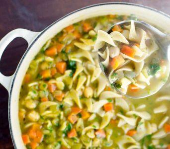 Recetas para Sucot: Sopa de verduras con pasta