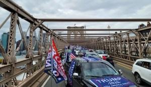 """Parte de la caravana de """"Jews for Trump"""" el día 25 de octubre de 2020"""