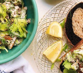 Recetas para Sucot: Ensalada de pescado blanco con labneh y limón