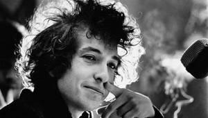 Universal Music adquirió todo el catálogo editorial de Bob Dylan en un acuerdo de nueve cifras, indicador de la valoración en la era del streaming