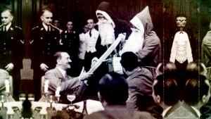Una guía nazi de la Navidad, en la que la Virgen María se convierte en alemana fue desenterrada en un archivo de la ciudad de Dresde.