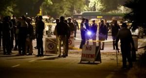 Escena afuera de la embajada de Israel en India