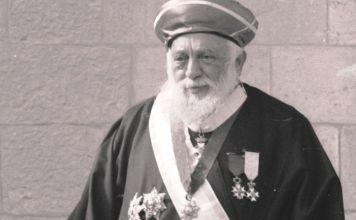 En 1921, el rab Ya'aqob Meir con la ayuda del rab Abraham Kook, fue elegido como el rabino principal Sefaradí de Israel, o Rishon leZion.