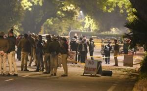 Escena luego de una explosión en la embajada de Israel en India