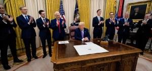 Donald Trump en la sala oval de la Casa Blanca