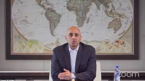 Yousef al-Otaiba, embajador de Emiratos Árabes Unidos en EE. UU.
