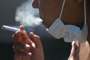 En EE. UU fumadores tienen prioridad para recibir la vacuna cotra Covid-19 de acuerdo a los Centros de Control y Prevención de Enfermedades