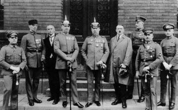 El putsch, fue un fracaso, los manifestantes que pretendieron derrocar al gobierno alemán fueron detenidos y Hitler supo aprovechar su momento de fama