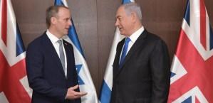 Dominic Raab y Benjamín Netanyahu