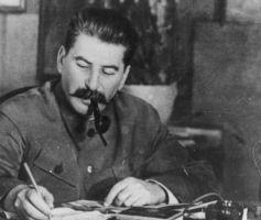 León Opalín/ El antisemitismo de Stalin