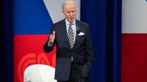 votantes judíos estadounidenses le dan al presidente Joe Biden un índice de aprobación del 70%, según una encuesta del Comité Judío Estadounidense