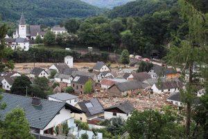 nundaciones devastadoras han arrasado pueblos enteros y han matado al menos a 153 personas en Europa, la mayoría de ellas en el oeste de Alemania