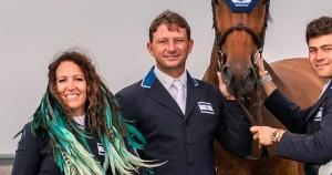 el equipo israelí de equitación: Danielle Goldstein, Alberto Michán,y otros