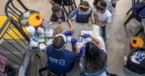 Pruebas de anticuerpos a niños israelíes