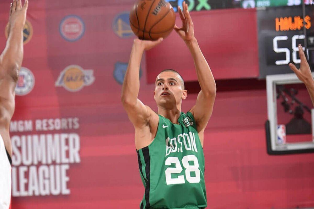 El israelí Yam Madar jugó su primer partido con los Boston Celtics, en el primer partido de la Liga de Verano de la NBA 2021 contra los Atlanta Hawks