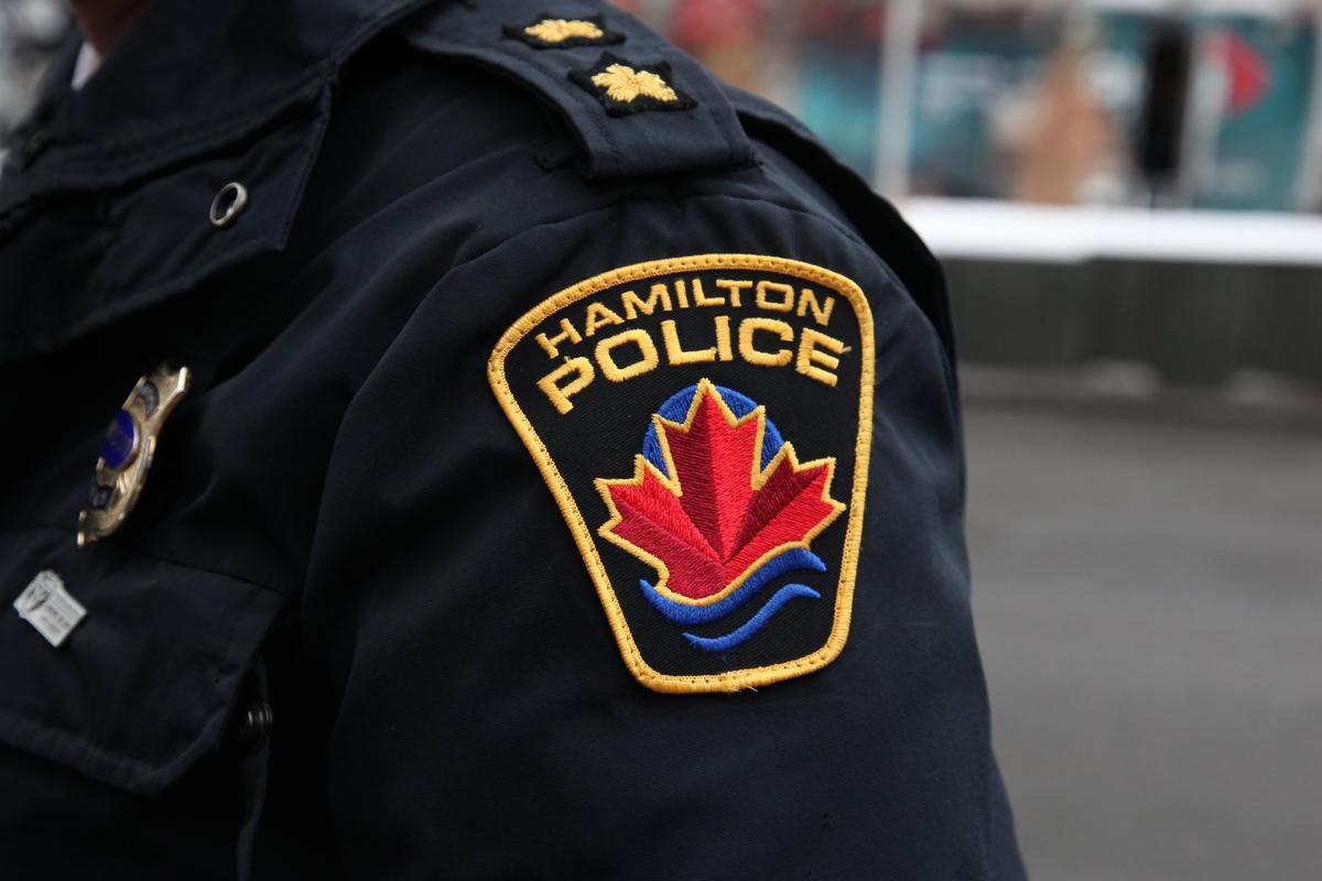 La policía de Hamilton, Canadá está creando una unidad para ayudarlos a responder a incidentes de odio, incluidos casos de antisemitismo