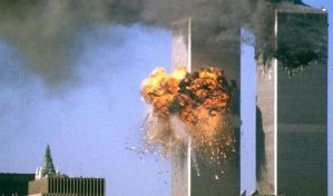 11-09/ un avión impacta una de las Torres Gemelas en Nueva York