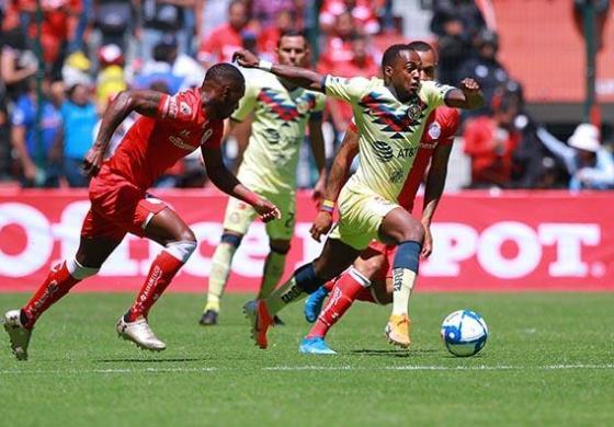 Con poco fútbol, América vence como visitante 1-0 a Toluca