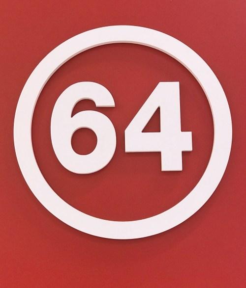La marque 64 Logo