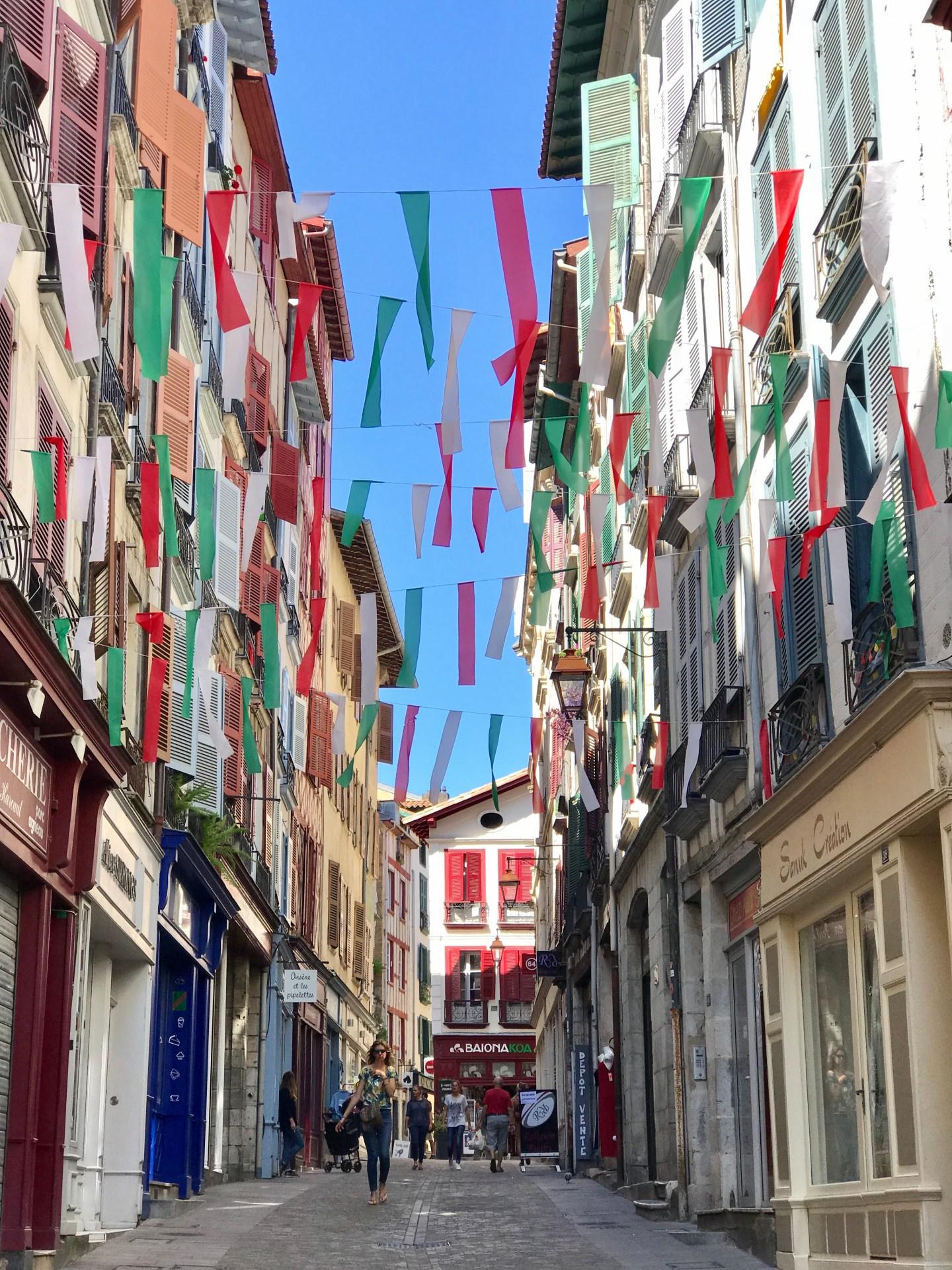 visiter bayonne rue de port de Bertacq