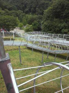 ロングローラー滑り台