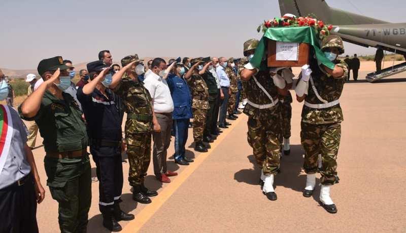 بالصور.. وصول جثامين شهداء الحرائق إلى مطار معسكر