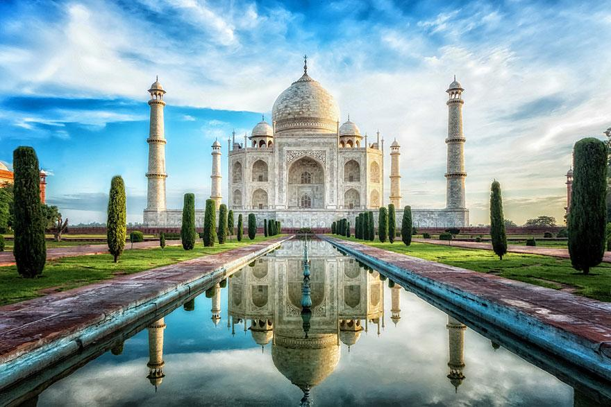 15 Monuments Célèbres avec leur Environnement