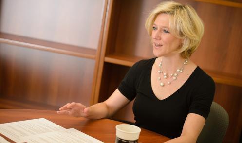 Amy Bonomi :: Lecture nocive de Cinquante Nuances de Grey
