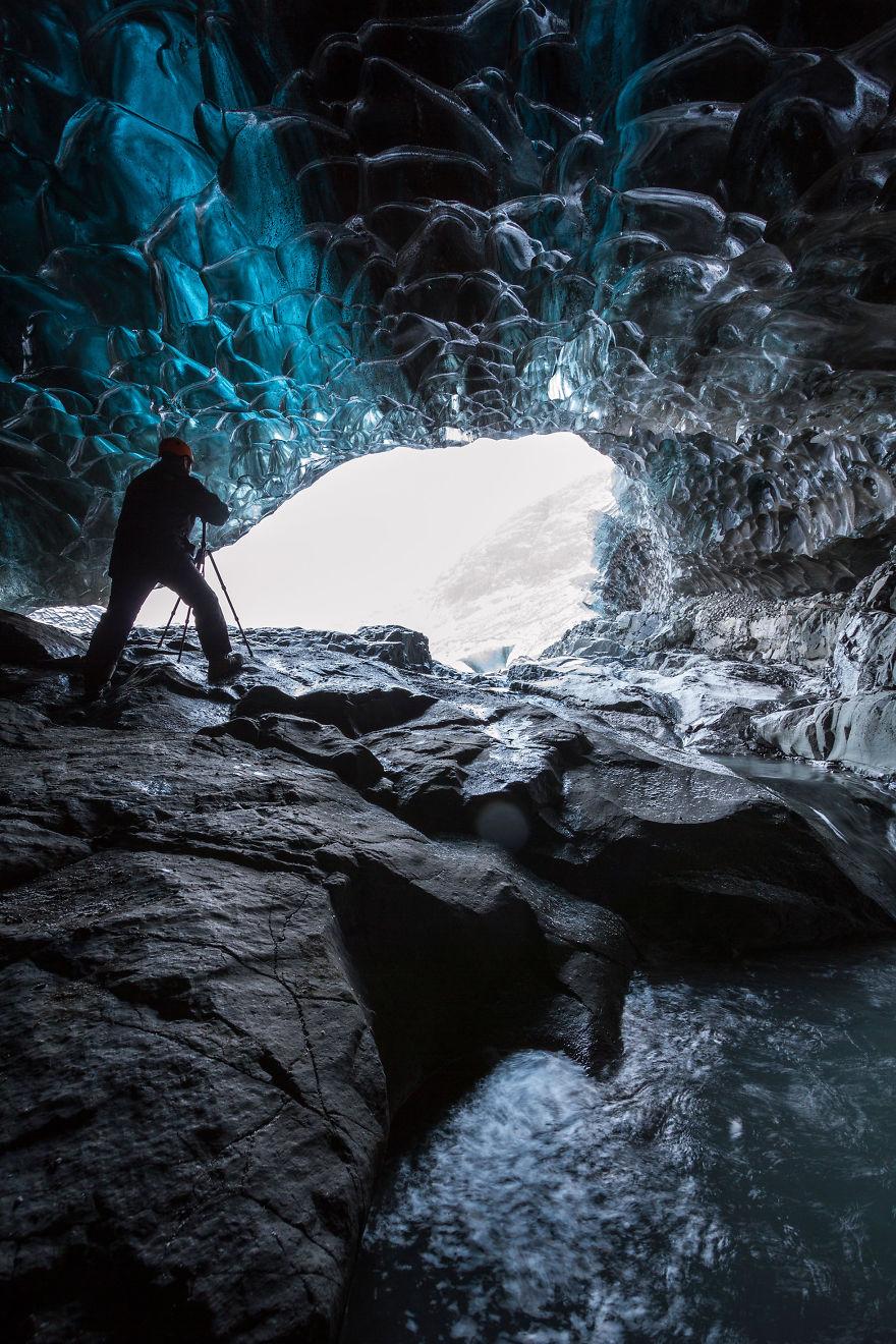 Grottes de Glace en Islande -un royaume fantastique de glace bleue !