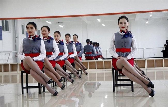6264210 hôtesses de l'air