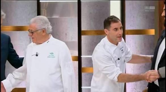 Masterchef , il tifo da Amalfi non basta eliminato Vincenzo. Con Cannavacciulo ospiti  don Alfonso Iaccarino e i figli