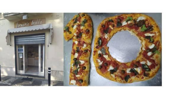 Piano di Sorrento, la Forneria Irolla ricorda Maradona: serranda abbassata e pizza a forma di 10