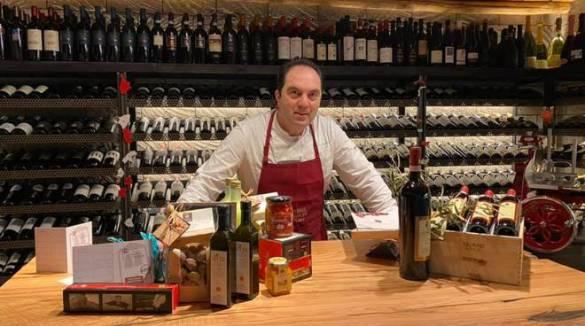 Massa Lubrense, nasce un'associazione di ristoratori. Idea di Mimmo De Gregorio dello Stuzzichino