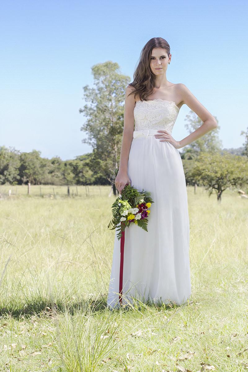 24 fotos de vestidos de noiva simples e discretos para