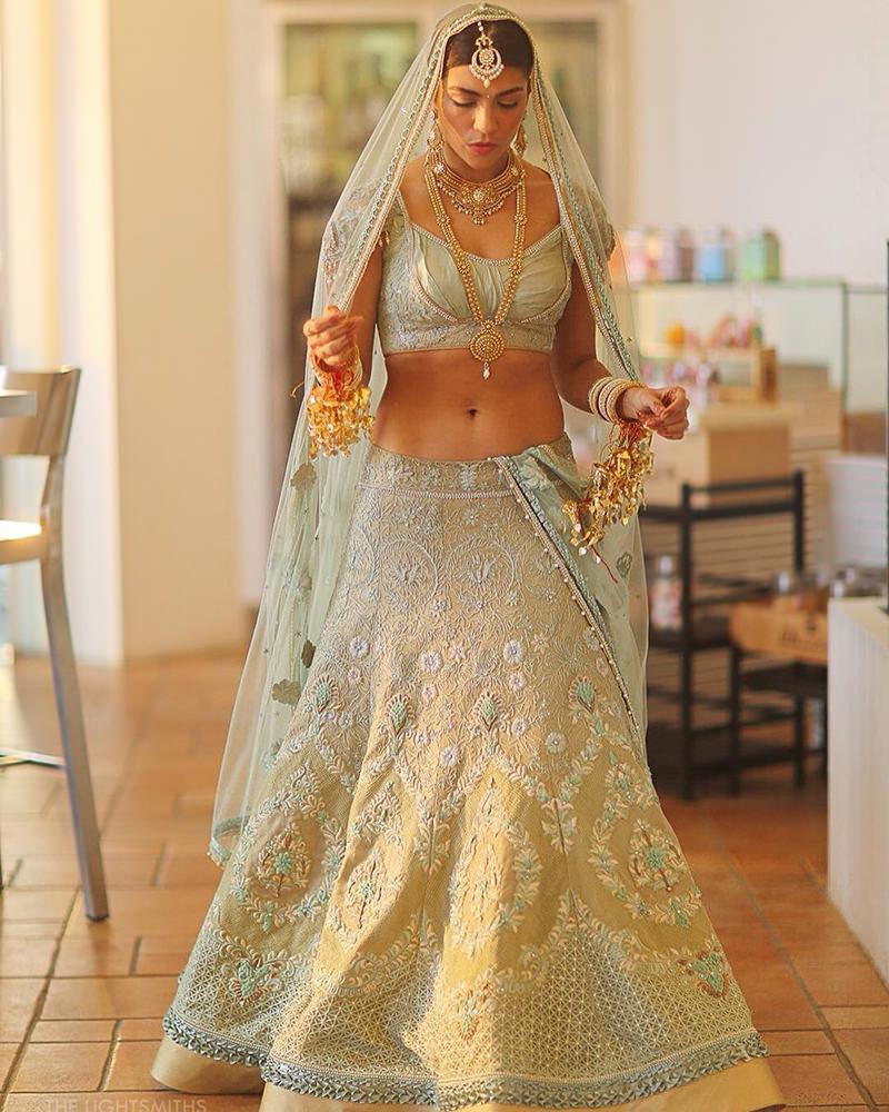 noiva-indiana-com-saree-verde-claro
