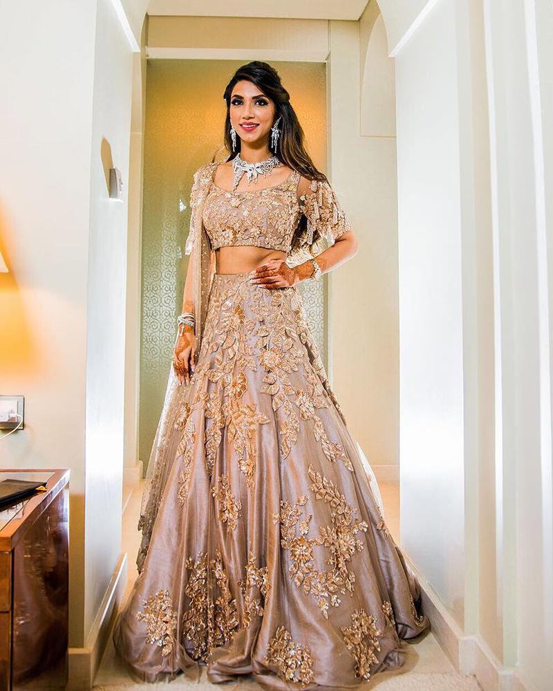 vestido-de-noiva-indiano-perola-bordado